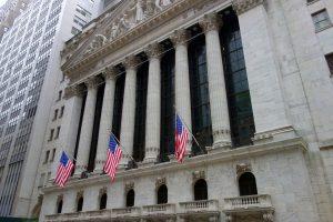 Prečo investovať do akcií