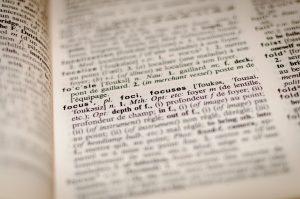 Čo sú akcie, indexy aETF?
